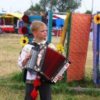Юный гармонист :: Vlad Сергиевич