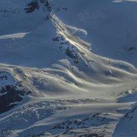 снег покрыл ледник :: Георгий А