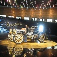 В музее Mercedes-Benz, Штутгарт Германия :: Tamara *