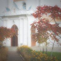 Осень около собора. :: Андрий Майковский