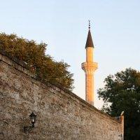Стена в старом городе.Евпатория. :: Андрей Хомяков