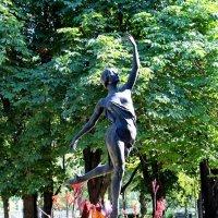 "Скульптура ""Балерина"" 1940 год. Скульптор Елена Янсон-Манизер :: Надежд@ Шавенкова"