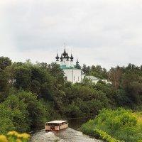По реке, по Каменке. :: Валерий Гришин