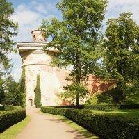 Башня в парке :: Aнна Зарубина