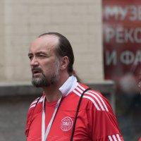 Лица на Арбате. :: Владимир Безбородов