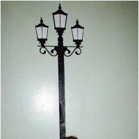 У фонарного столба :: OLLES