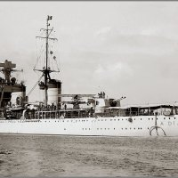 "Italian light cruiser ""Armando Diaz"" leaving Melbourne, circa October 1934. :: Александр"