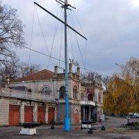 Здание Яхт-клуба :: Татьяна Ларионова