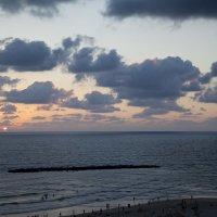 Закат на фоне облаков. Тель-Авив. :: Eule!