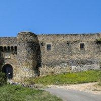 Замок Монморен,  XII век, регион Овернь (2) :: Георгий А