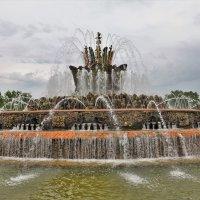 Фонтан Каменный цветок :: Константин Анисимов