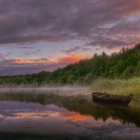 Белые ночи над озером :: Михаил Александров