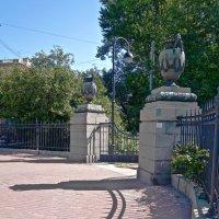 Ворота в парк Победы :: Елена