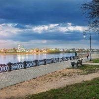 Туча над городом :: Юлия Батурина