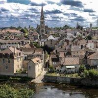 Г. Монморийон (Montmorillon), департамент Вьенн (Vienne), регион Новый Аквитен (Nouvelle Aquitaine). :: Георгий