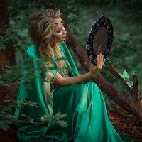 Лесная фея :: Любовь Дашевская