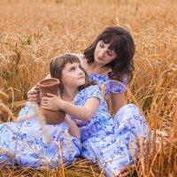 мама и дочка... :: Елена Князева