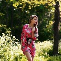 В платье розового цвета :: Анатолий Шулков