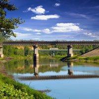 У двух мостов. :: Анатолий