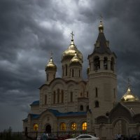 Тучи над Храмом :: Евгений Khripp