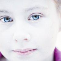 Такие взрослые глаза :: Valeriy(Валерий) Сергиенко