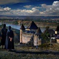 Тысяча чертей! Как мы возьмём этот замок? :: Sergey-Nik-Melnik Fotosfera-Minsk