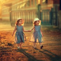 Сестрички-близняшки :: Татьяна Бурыкина