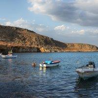 Флот на внутреннем рейде. Крит :: Priv Arter