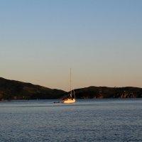 синее море, белый кораблик... :: Марина Белоусова