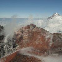 под ногами - Авачинский вулкан :: Ларико Ильющенко