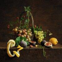 Натюрморт с виноградом и лимонами :: Evgeny Kornienko