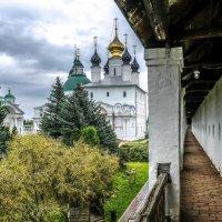внутренний вид Спасо-Яквылевского монастыря :: Георгий