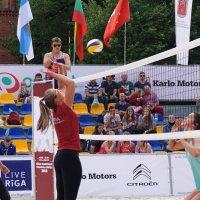 Волейбол на площади :: Александр Михайлов