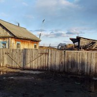 Сельский дом :: Светлана Рябова-Шатунова