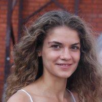 Незнакомка. :: Саша Бабаев