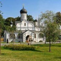 Храм в Зарядье. :: Александр Романов