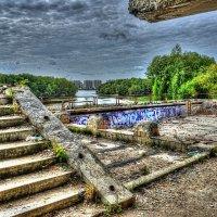 Заброшенный парк :: Дмитрий Иванцов