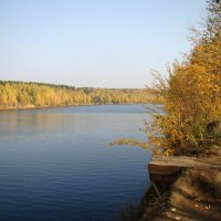 Октябрь на озере :: Татьяна Георгиевна