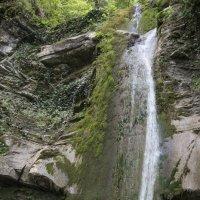 водопад шапсуг :: валерий