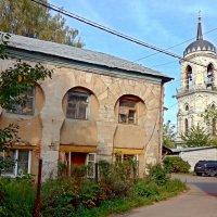 Дом у храма в Быково. :: ТаБу