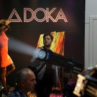 На выставке музыкального оборудования :: Сергей Золотавин