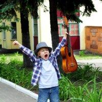 Гитарная революция. :: Елена Широбокова