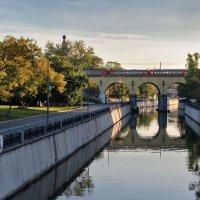 Вдоль по Яузе-реке :: Ирина Шарапова