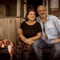 Семья на даче :: Сергей Волков