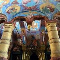 Фрески в храмах ростовсеого Кремля :: Елена