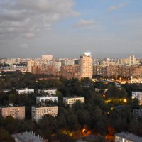 Москва зажигает огни. :: tatiana