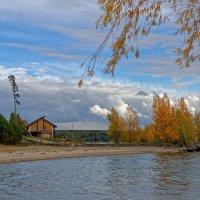 Осенний пляж :: Дмитрий Конев