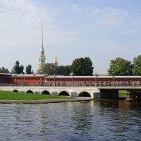 Иоанновский  мост у Петропавловской крепости :: Ольга