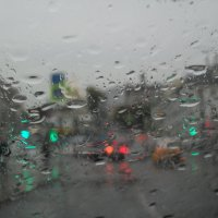 Мне дождь рисует на стекле... :: Надежда