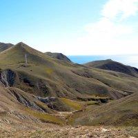 Бархатные холмы  Киммерии :: Ольга Голубева